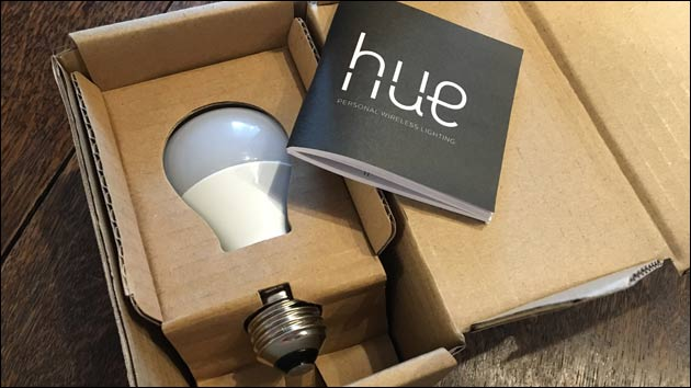 philips hue erweitern intelligente lampen lichtschalter f r 39 s smart home. Black Bedroom Furniture Sets. Home Design Ideas
