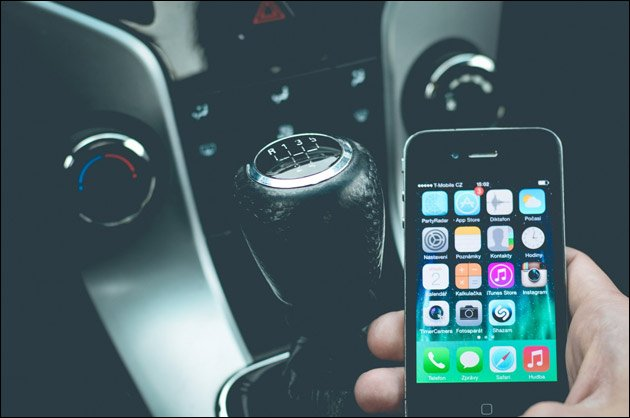 Auto, Handy