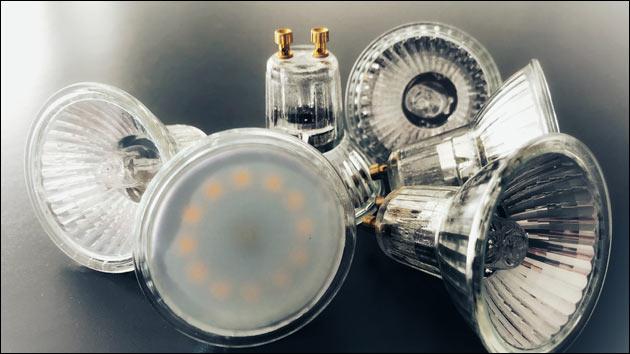 LED Birne und Halogen Lampen